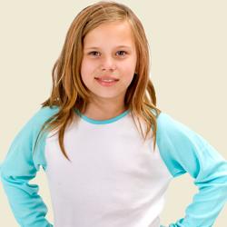 Kinder in Kinder Fashion kommen groß raus, als Motive für Fotogeschenke