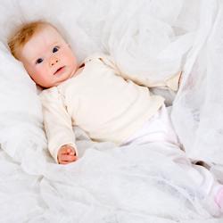 Bio Babytextilien können auch ein schönes Taufgeschenk darstellen